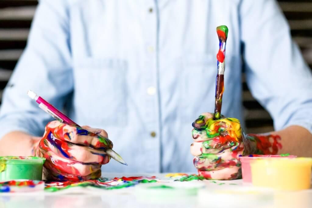 Künstlerisch kreative Tätigkeiten können es einem erleichtern, in den Flow-Zustand zu gelangen